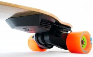 Boosted Skateboard 2nd Gen Dual Standard Range Model review
